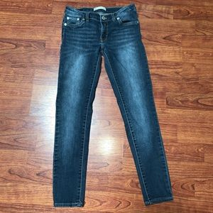 Girls sized 12 Levi's 710 super skinny
